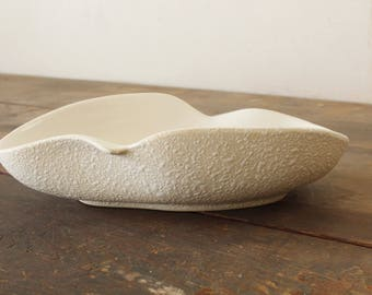 Vintage Mid Century Decorative Serving Bowl California Pottery Originals #511 White Lava 1950s Dish