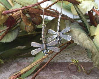 Charming Sterling Silver Dragonfly Dangling Earrings