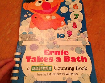 vintage 1983 like-new ernie takes a bath golden play and learn board book
