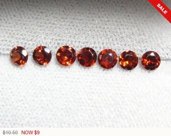 7 Red Garnet lot faceted 4 mm stones, 10.50 for 7 gemstones, natural gemstones, loose gemstones, purple color (am6671)