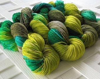 Hand-dyed Yarn, GREENERY, Hand-Dyed Wool Yarn, Superwash Merino Yarn, Soft Sparkly Yarn, Green Yarn, Indie-Dyed Merino Yarn, Fingering Yarn