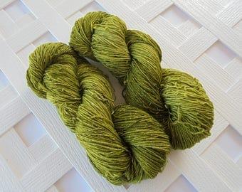 Handdyed Sparkly Yarn, IRISH MOSS, Sparkly Sock Yarn, Superwash Merino Yarn, Indie-Dyed Yarn, Tonal Yarn, Green Sock Yarn, Gift for Knitter