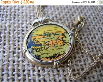 Sale Vintage Avon Necklace - Country Christmas 1982