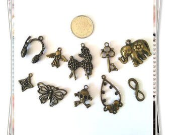 Amazing lot- Mix 10pcs antique bronze finish metal pendants-6108L