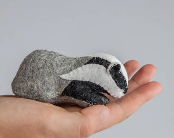 Badger - A PDF Pattern to make a Badger from Felt
