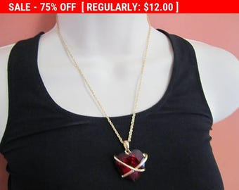 SALE vintage heart pendant necklace