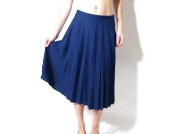 SALE 90s Blue Skirt / Vintage Blue Skirt / Sparlen Skirt / Crimplene Skirt / Navy Blue Skirt / Accordion Skirt / High Waisted Skirt - Size 4