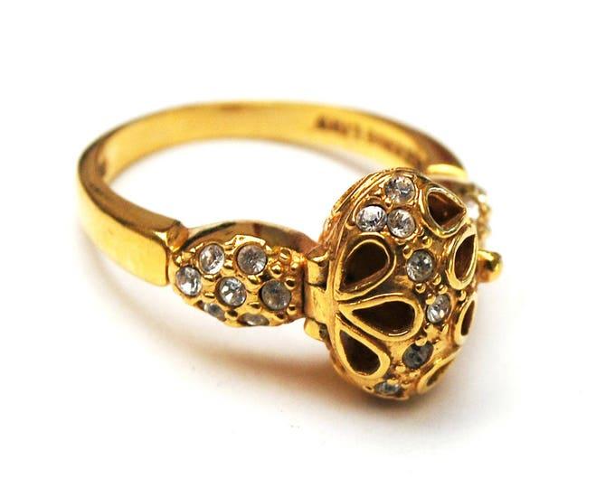 Rhinestone Poison Ring - Locket ring - Size 8 - Signed Lind - 14 HGE KT gold - crystal - China