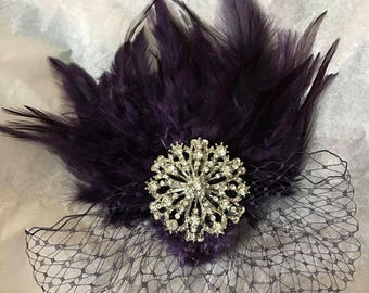 Dark Purple fascinator, dark purple feather hair comb, bridesmaid hair clip, wedding hair accessories, Gatsby feather fascinator,