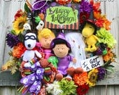 XL Deluxe Peanuts Gang Happy Halloween Wreath, Trick Treat Halloween Wreath, Charlie Brown ghost, Sally, Snoopy, Woodstock, Lucy Witch