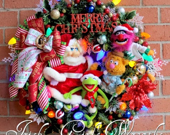 Muppet Christmas Wreath, Merry Christmas Wreath, Kermit, Fozzie, Miss Piggy, Animal, Jim Hensen, Christmas Sweaters, prelit vintage holiday
