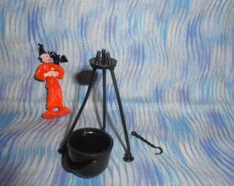Vintage Halloween Witch With Cauldron-Miniature-Never Used