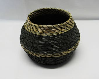 Pine Needle Basket Green Pine Needle Coiled Basket Green Pine Needle Vase Basket Native American Pine Needle Basket Housewarming Basket