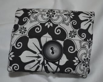 Essential Oils Wallet - Black and White Mandala