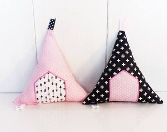 PEE fabric pink, black and white decorative pillows - room