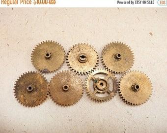 ON SALE Brass Clock Gears Wheels - Steampunk Jewelry Findings - set of 7 - G191