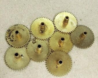 ON SALE Brass Clock Gears Wheels - Steampunk Jewelry Findings - set of 8 - G7