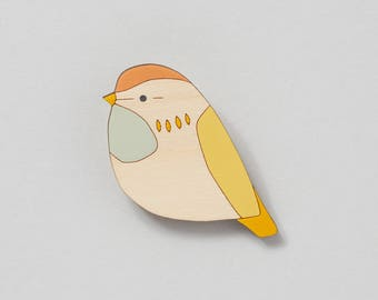 Wooden bird brooch - Fieldfare