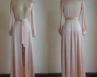 """1940s Very Glamorous Pink Satin & Lace Dressing Gown XXS Waist 22"""""""