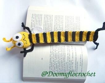 Crocheted Bookmark Bee