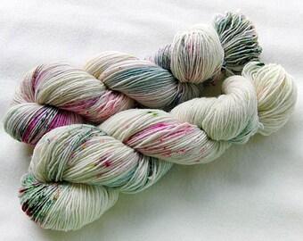 Handdyed SockYarn, 75 Wool, 25 Nylon 100g 3.5 oz. Nr. 161