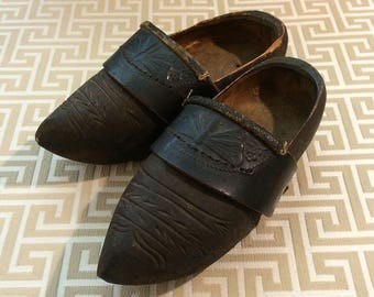 Vintage Wooden Clogs, REPRODUCTION of Antique Shoes, Decorative European Style Childrens Clogs Dark Wood, c 1940s Dragonfly