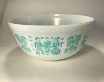 Pyrex 403 2.5 Qt Quart Nesting Mixing Bowl Blue Amish Butterprint Turquoise Teal White Made in USA