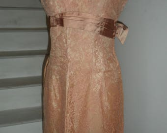 1940s 50s lace dress champage pink color sz small