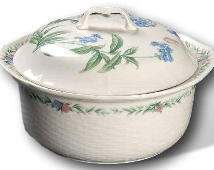 Noritake Conservatory 2 Quart Round Covered Casserole Dish, Gift For Christmas, Gift For Her