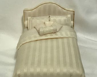"""Dollhouse Miniature 1"""" Scale Cream Dressed Bed"""