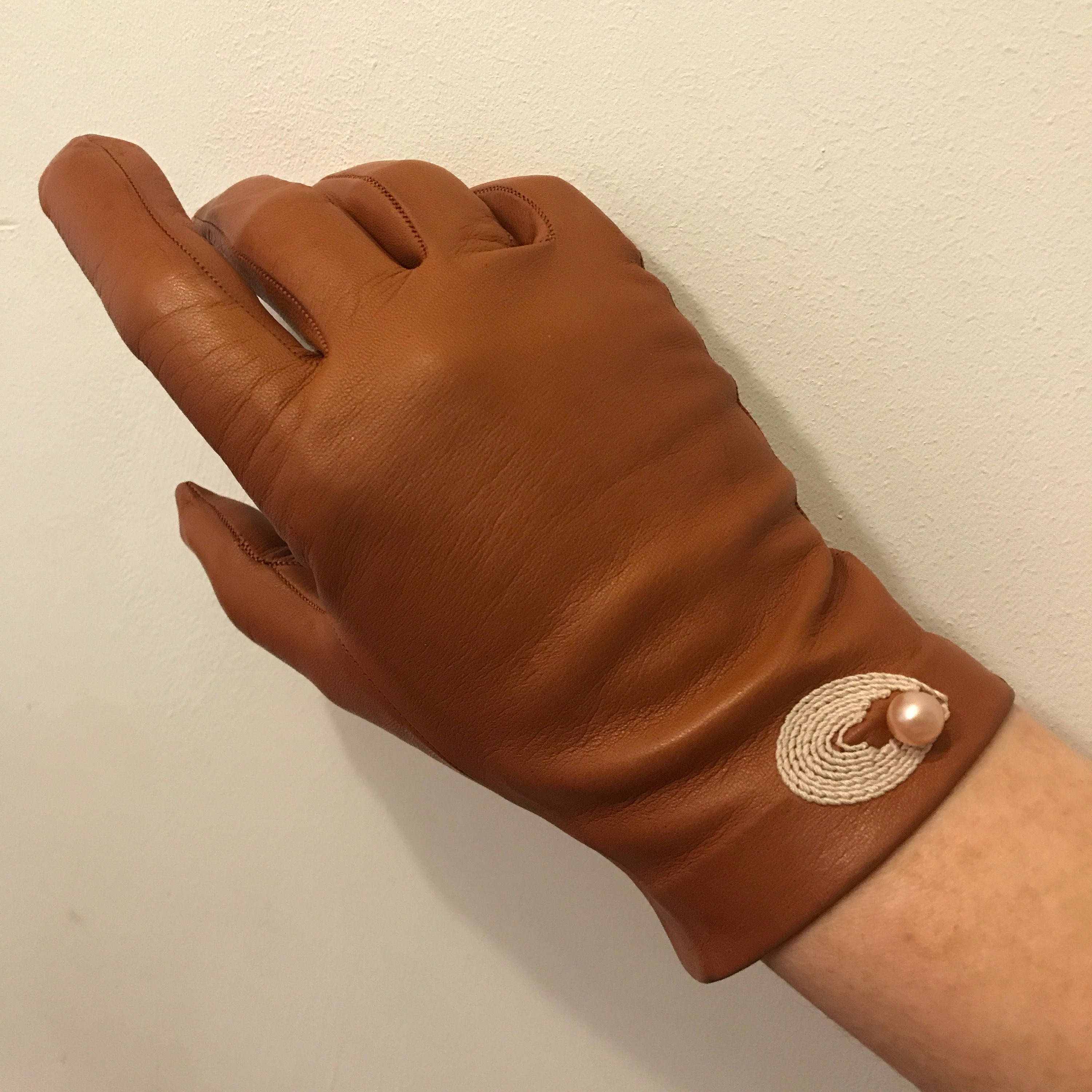 Vintage leather gloves tan leather novelty shell pearl ...