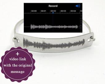 Personal soundwave bracelet, waveform bracelet, custom sound wave bangle, personalized waveform jewelry, engraved sound wave