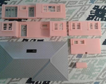 Plasticville RH-1 Ranch House in Light Pink with Light Gray Roof and Doors and Original Box