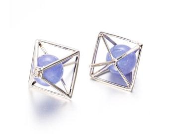 Pyramid Earrings Everyday jewelry in 14k white gold, Tanzanite & diamond - Triangle Earrings - Tanzanite earring, ear stud