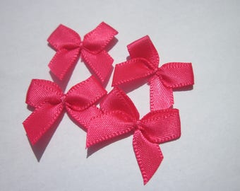 4 nodes in satin 20 to 21 mm approx - stitched fabric - (A280)