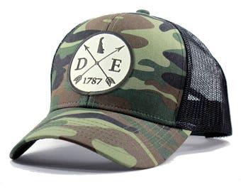 Homeland Tees Delaware Arrow Hat - Army Camo Trucker