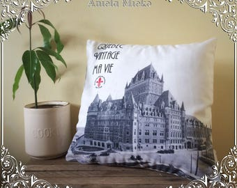 Frontenac castle pillow cover, Quebec city pillow case, historical pillow cover, black and white pillow case, vintage style pillow case