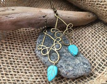 Loop d Loop Leaf Dangle Earrings