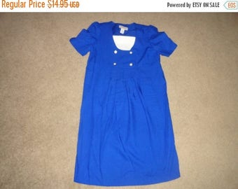 50% OFF Vintage Size 6 dress polyester 38 inch bust 39 inch length