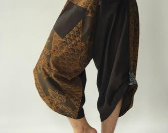 SR0356 Samurai Pants Harem pants have fisherman pants style wrap around waist