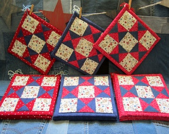 Quilt Square Potholder Pair- Christmas