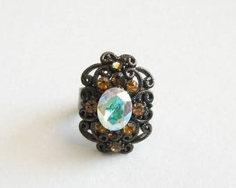 CLEARANCE CLOSEOUT Vintage Rhinestone Ring Size 7 Adjustable Shiny Silver Toned Detailed Ring Unsigned Vintage Jewelry