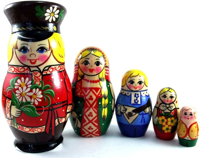 Ethnic Nesting Dolls 5 pcs Russian matryoshka doll Babushka set for kids Wooden authentic stacking handpainted dolls toys Russia Man