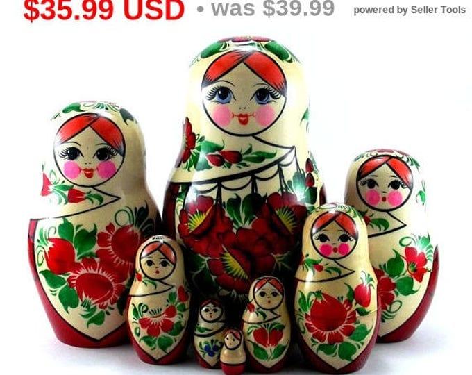 Nesting Dolls 8 pc Russian Matryoshka doll Russian stacking dolls for kids Babushka doll Wooden russian doll Authentic matryoshka Sudarushka