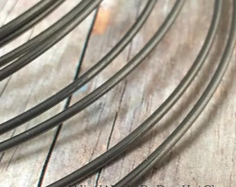 Niobium Wire, 10 Ft., Soft, Round Wire, 16 Gauge, 18 Gauge, 20 Gauge, 22 Gauge, 28 Gauge, Hypoallergenic Wire Wire