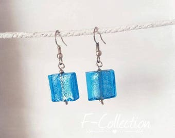 Graphic earrings turquoise