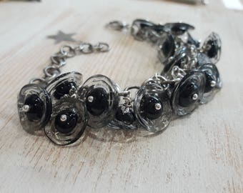 chain bracelet artisan lampwork 21 small flower black and transparent beads