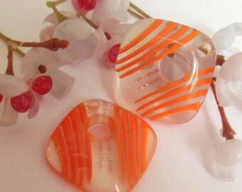 set of 2 diamond shaped pendant beads plastic