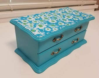 Super Cute Upcycled Vintage Small Turquoise Daisy Jewelry Box