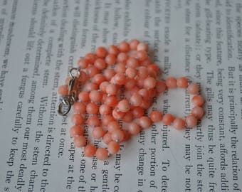 Vintage Natural Pink Coral Necklace - 1950s Round Pink Coral Bead Necklace